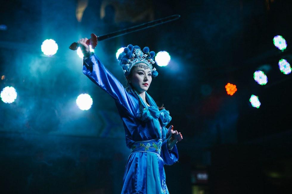 Sichuan opera at Shu Yun Li Yuan