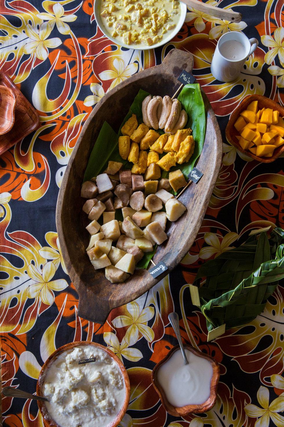 A traditional ma'a Tahiti feast at the 'Arioi Experience