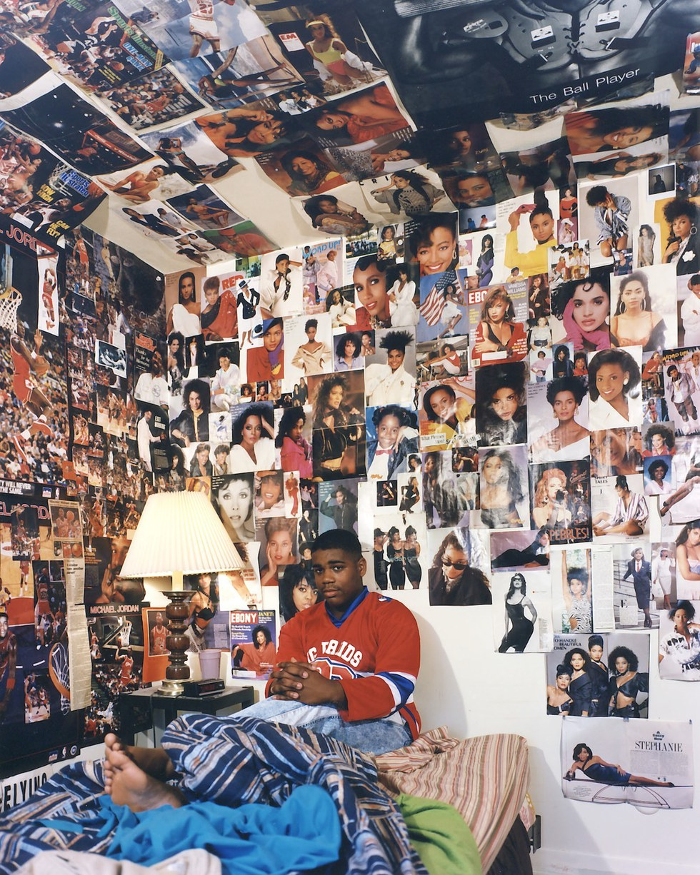 Bedroom wall with posters - There Was An Article On Vice That Honored A Collection Of Photographs Taken From Various 90s Teen S Bedrooms The Article And Photographs Sparked A Totally