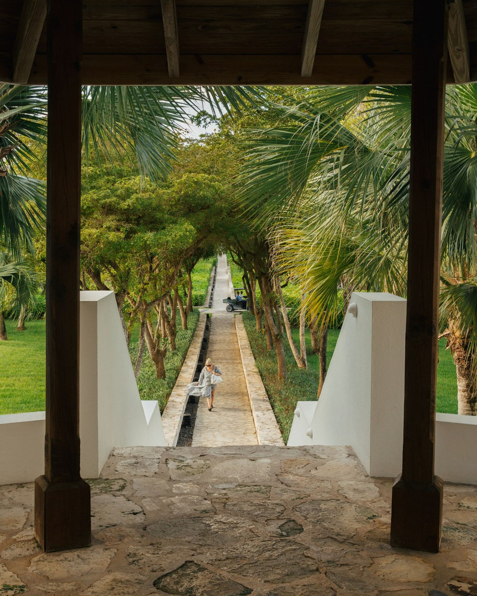 The path to the ocean from the resort