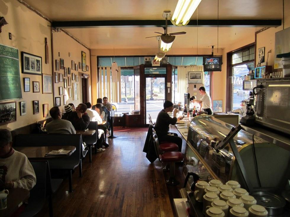 Benny S Cafe