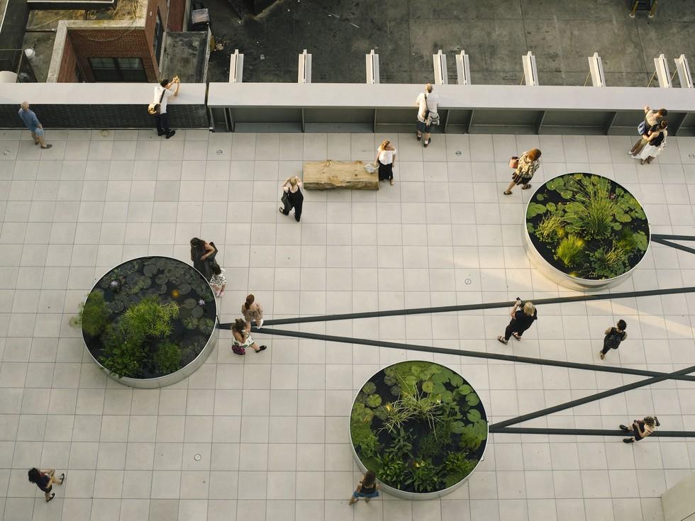 Renzo Piano designed balcony, Whitney Museum