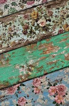Decoupage pallet wood