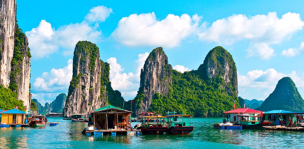 Fishing homes along the water in Ha Long Bay, Vietnam