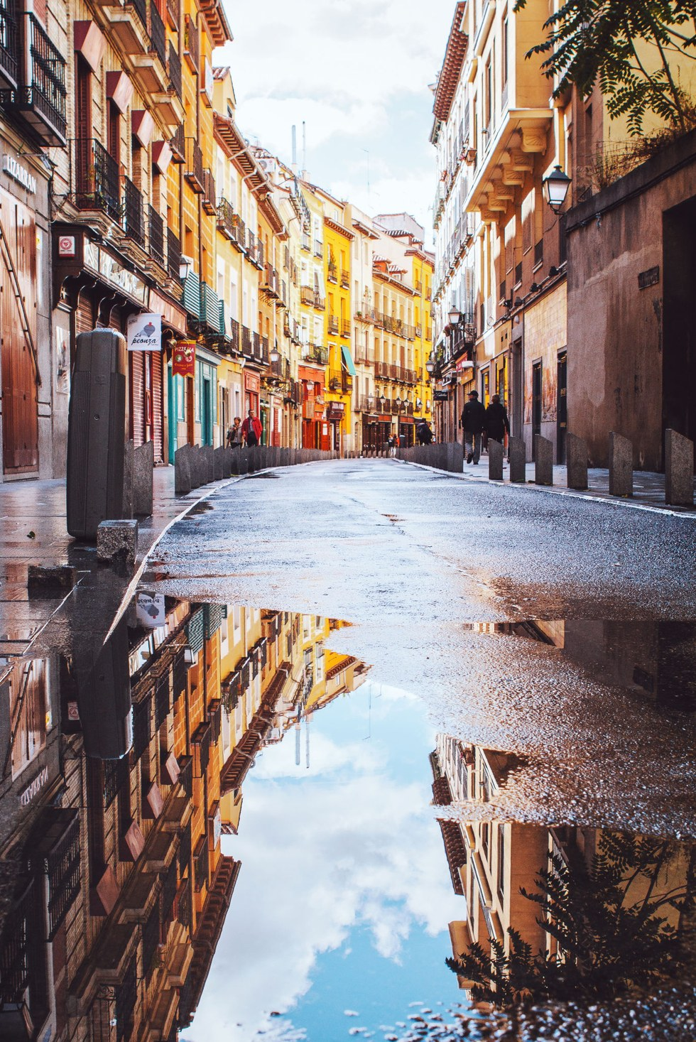 Madrid's winding streets are perfect for a confusing stroll