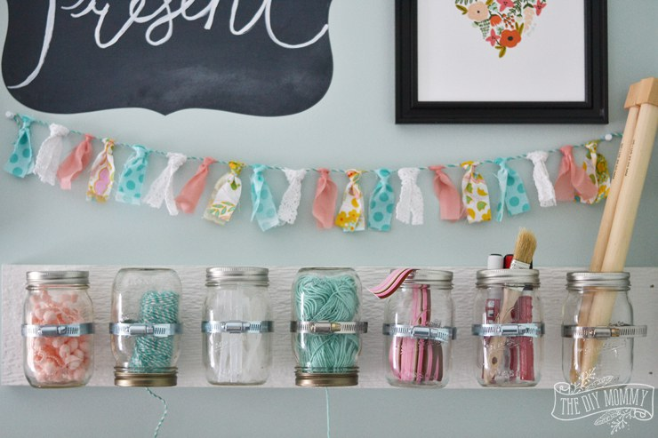 10 things to do when you 39 re bored in the summer for Mason jar craft storage