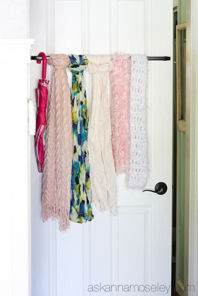 Then loop your scarves through as shown above via askannamoseley com