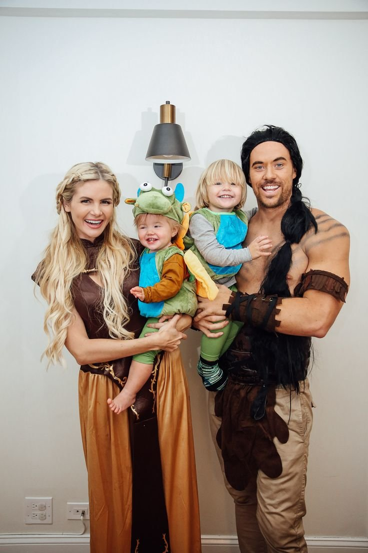 40 Halloween costume ideas the whole family will love - Motherly a9829aaec914