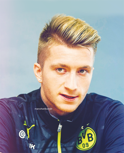 top 10 best haircuts from soccer players