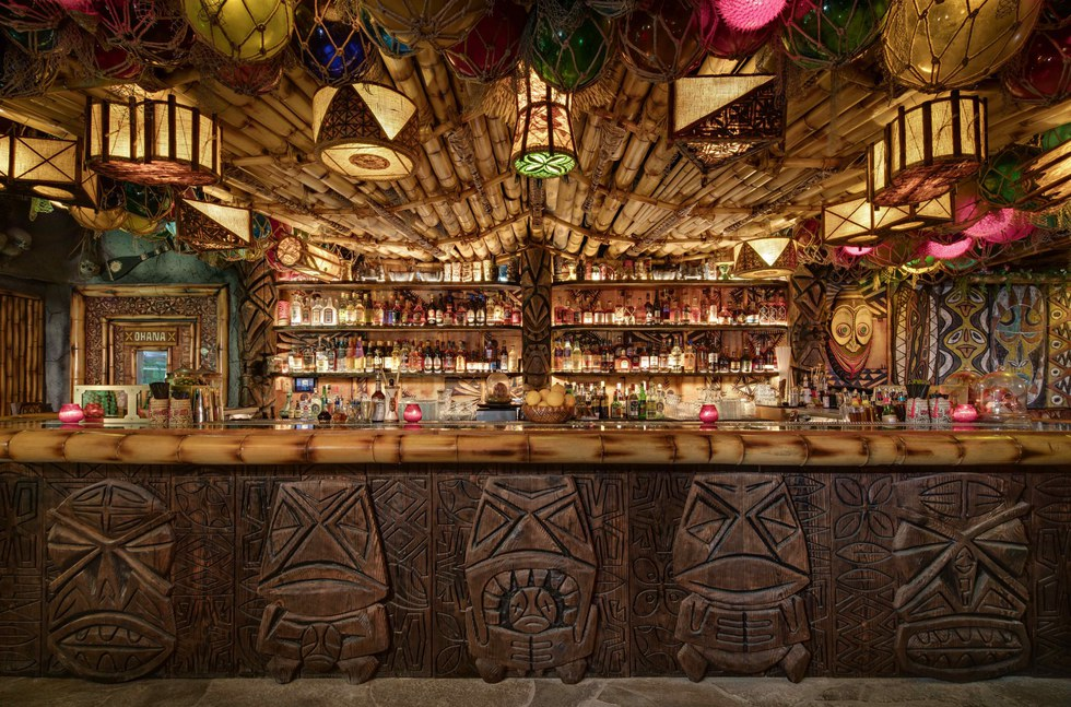 False Idol's tiki interior