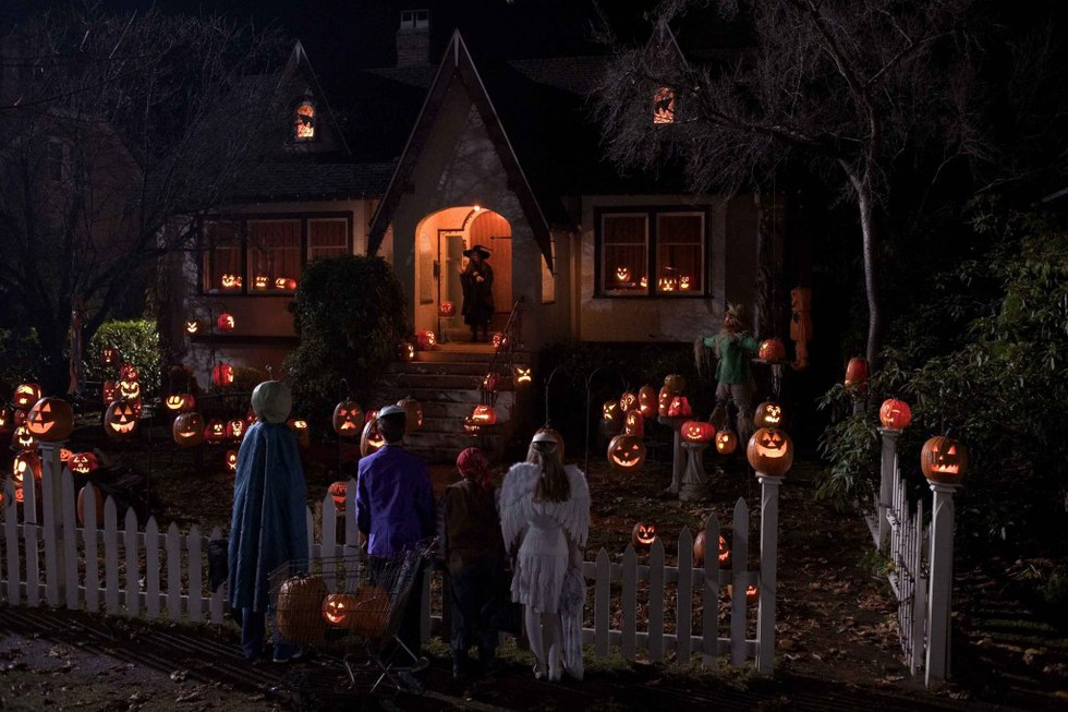 my best halloween related childhood memories - Best Decorated Houses For Halloween