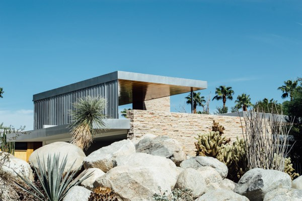 A modern guide to palm springs old hollywood meets for 7x7 modern house