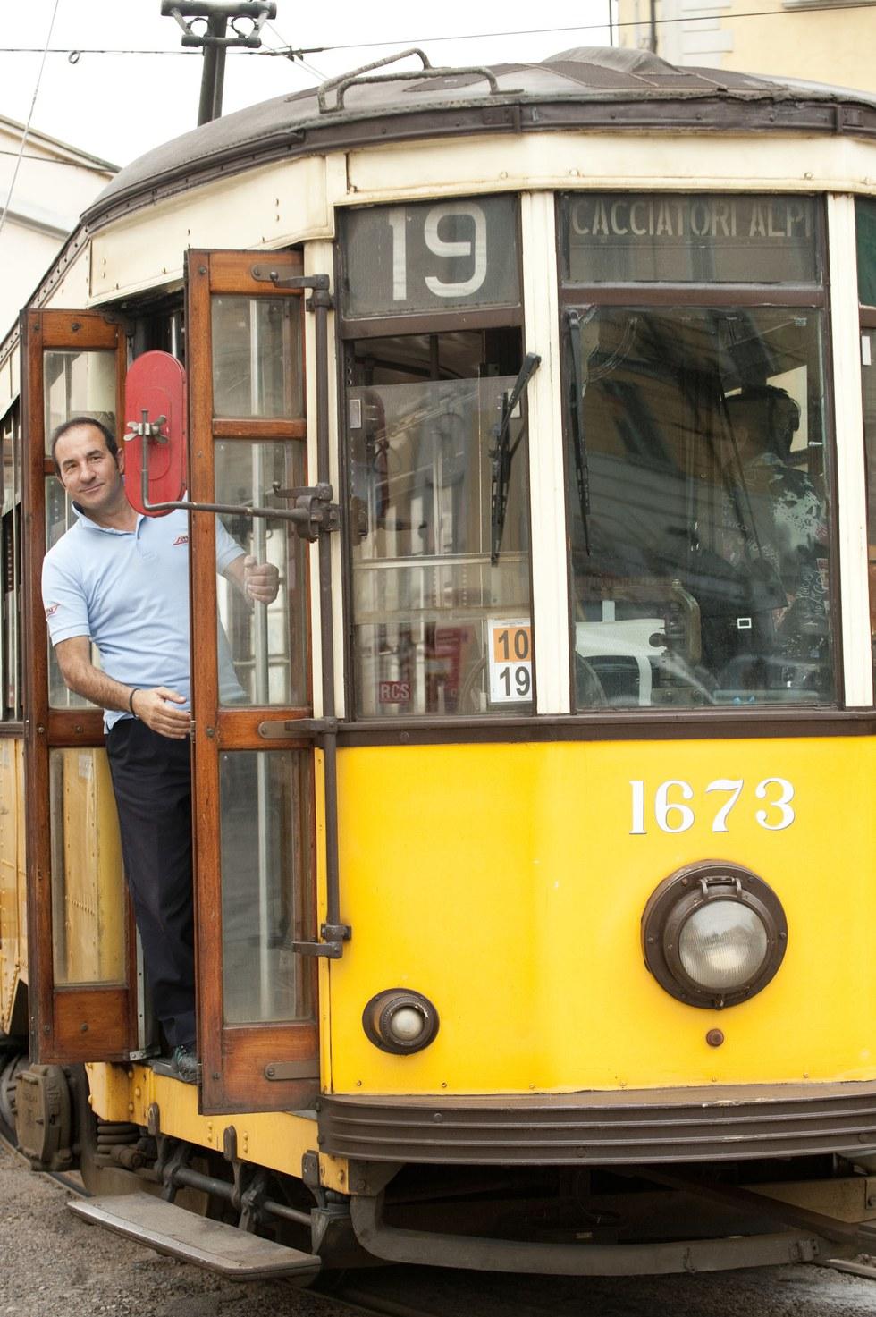 A streetcar in artsy Navigli
