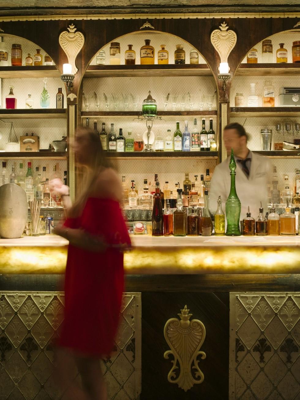 Apothéke, cocktail lounge